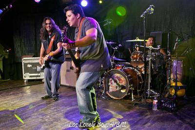 Los Lonely Boys 4/3/11