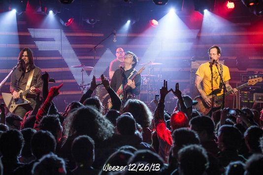 Weezer 12/26/13