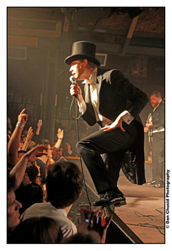 img_6922_2_2thehives.jpg