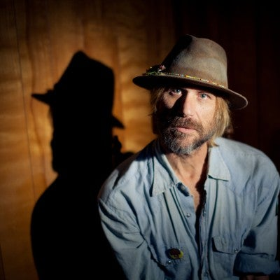 Todd Snider (seated show)