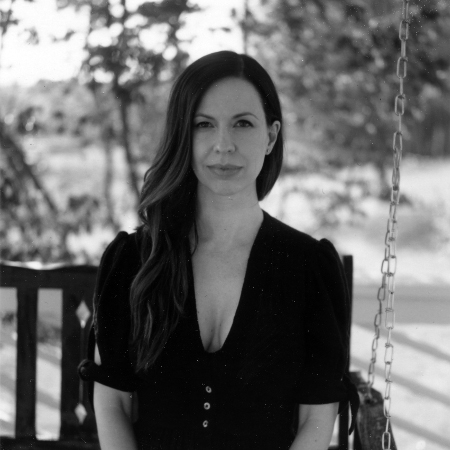 Joy Williams (of The Civil Wars) (seated show)