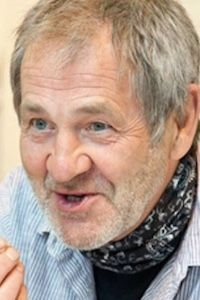 Author Michael Garner
