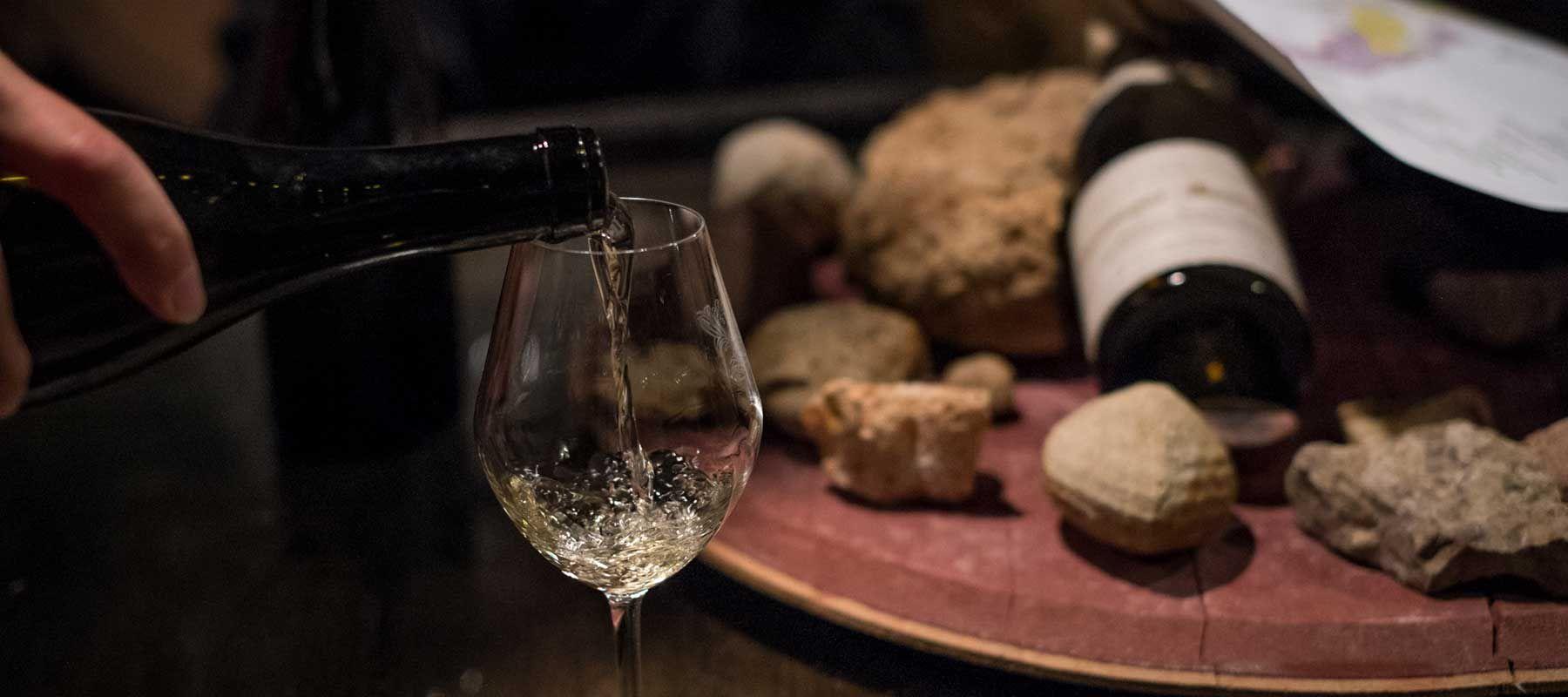 Burgundy White Wine