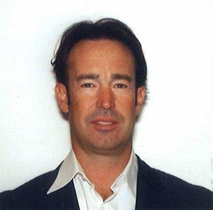 Russ Darrow