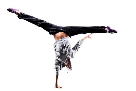Akrobatik CENTER OF DANCE