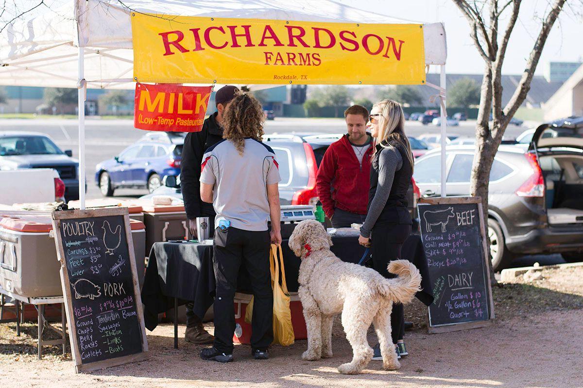 2018-01-06_Richardson-Farms-Booth_WEB.jpg