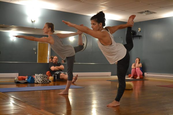 Yoga Class to Reduce Stress