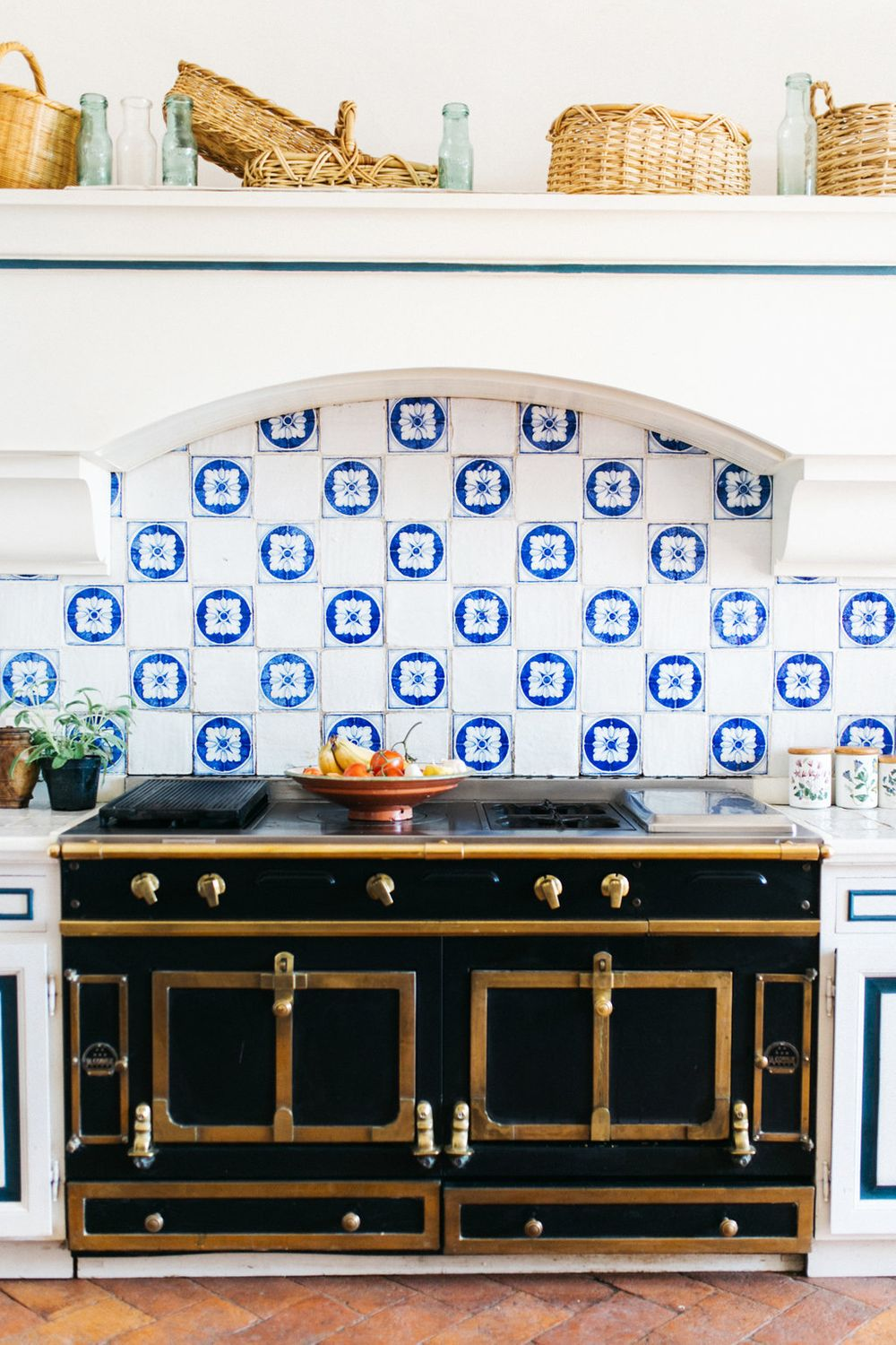 the prettiest kitchen in italy