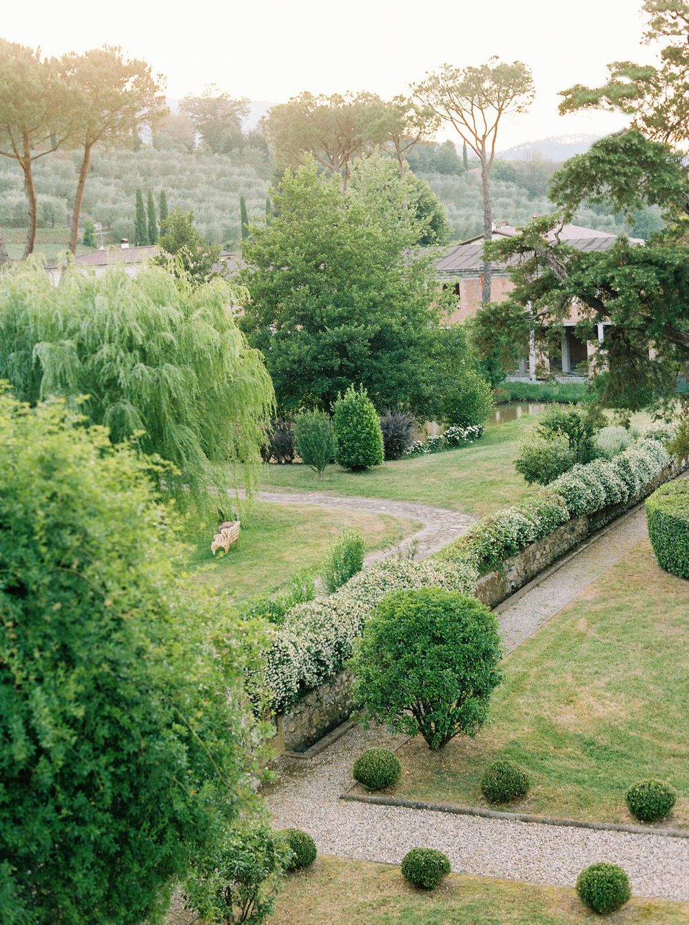 gardens around the villa