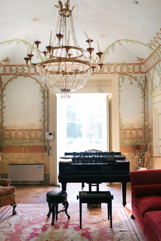 italian villa interiors