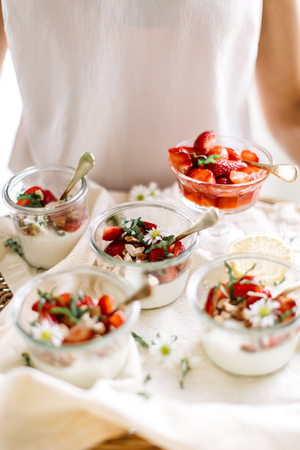 strawberry and almond panna cotta