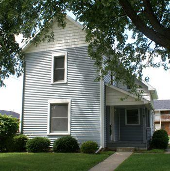 318 Manville Ave