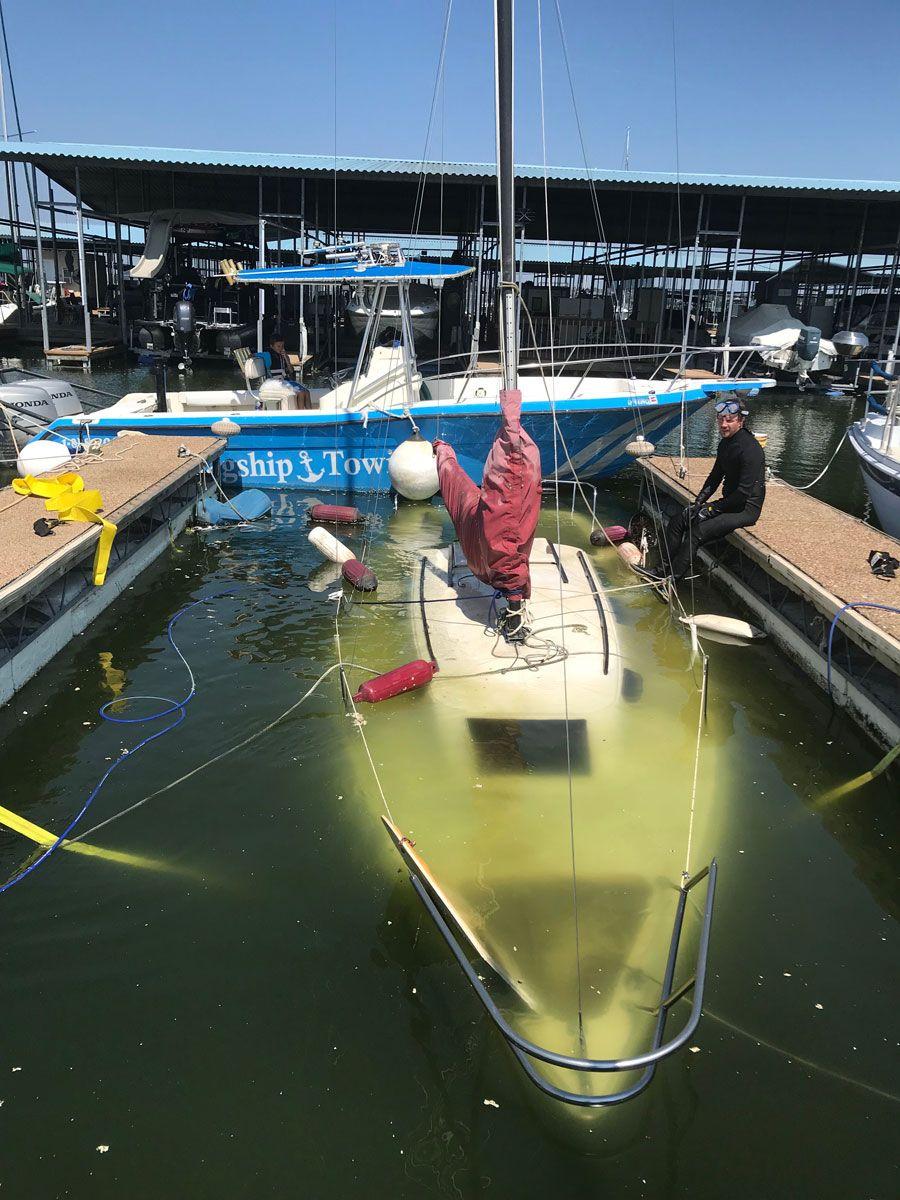 Sunken Boat Towing in Texas