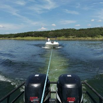 Texas Highland Lakes Boat Towing