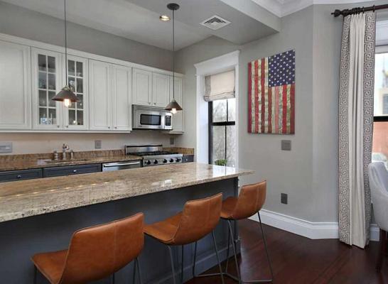 Brown-Kitchen2.jpg
