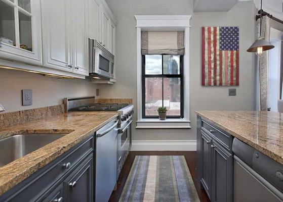 Brown-Kitchen.jpg