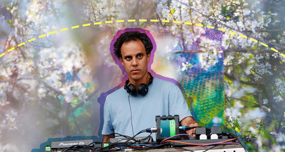 four tet noise pops off.png