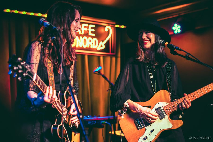Azure Ray at Cafe du Nord 011719 by Ian Young 01.jpg