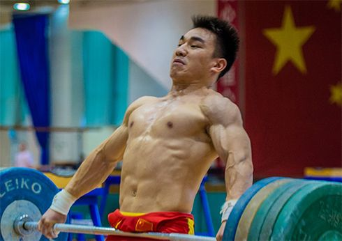 Chinese weightlifting bodybuilding