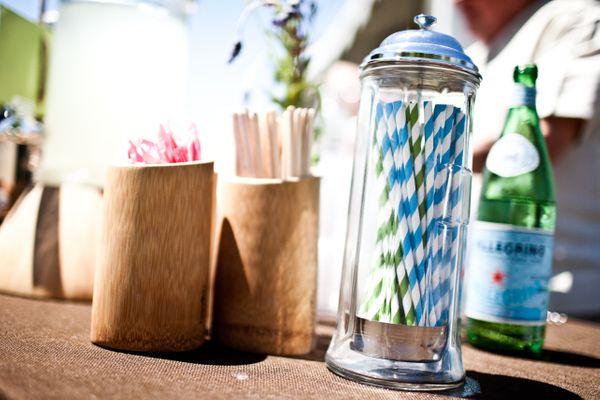 stripe straws bar