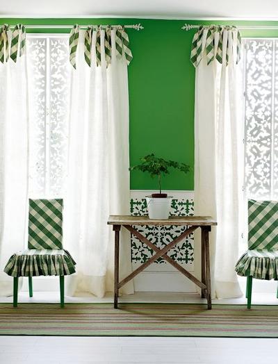 Green ginham chair windoes.jpg