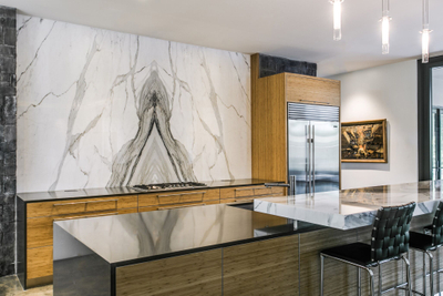 aria-stone-gallery-calacatta-extra-marble-bookmatch-feature-wall-kitchen-high-res-8_preview.jpg