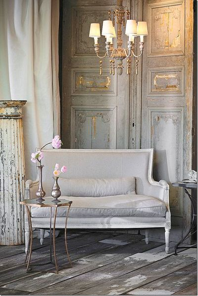 f1459bfd217aa2617ee3f6748999ef66--french-interiors-grey-interiors.jpg