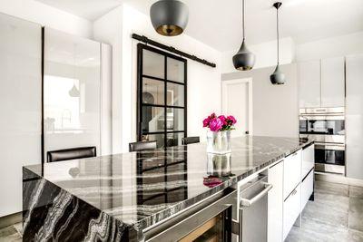 Aria_Stone_Gallery_Agata_Granite_Kitchen_HighRes_8_PORTFOLIO_preview.jpg