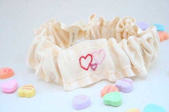 embroideredheartsgarter.jpg