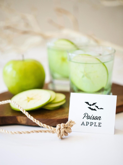 CI-Rennai-Hoefer_Halloween-cocktail-drink-poison-apple_v.jpg.rend.hgtvcom.1280.1707.jpeg