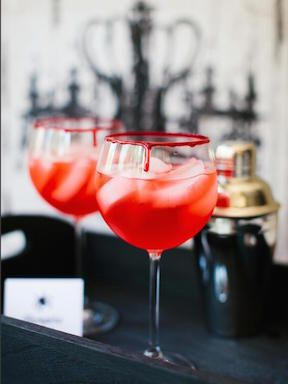 CI-Rennai-Hoefer_Halloween-cocktail-vampire-kiss_v.jpg.rend.hgtvcom.1280.1707.jpeg