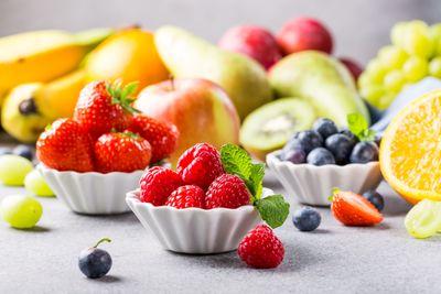 fresh-assorted-fruits-and-berries-KCFSEN8.jpg
