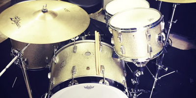 Gold drum kit