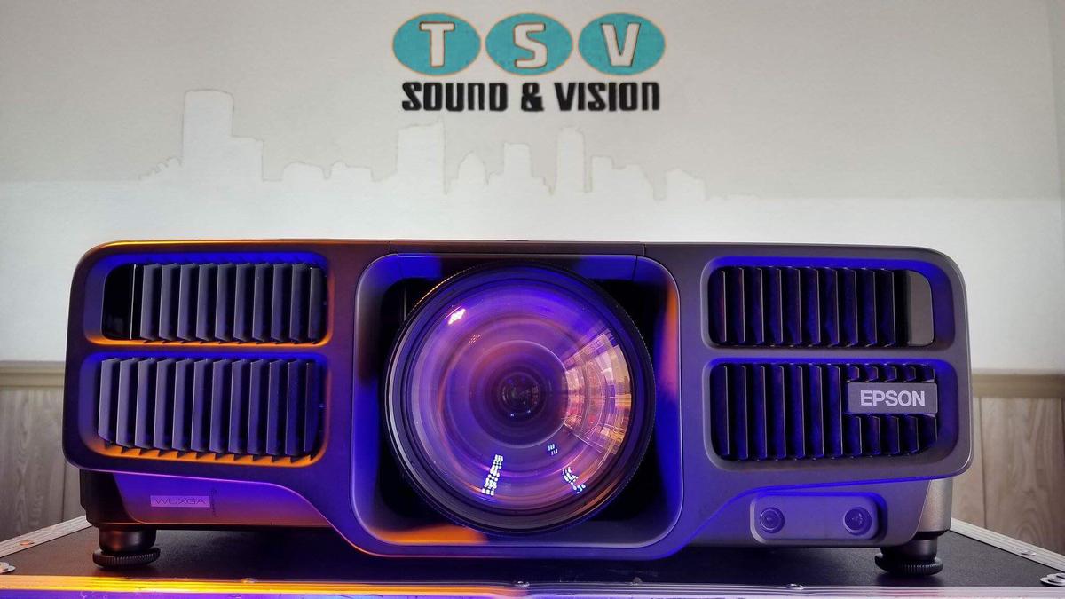 laser lumen projector