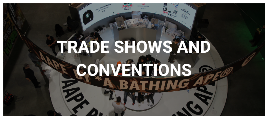 Trade Shows and Conventions Button with a curved LED video wall in a trade show booth