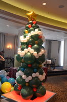 Balloon Christmas Tree.JPG