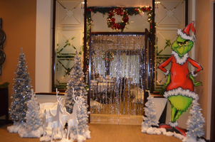 Entryway Christmas.jpg