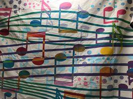 Music Notes 12 x 18.JPG