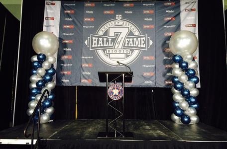 Astros Biggio Hall of Fame2.jpg