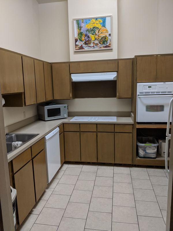 stough mtg kitchen 2.jpg