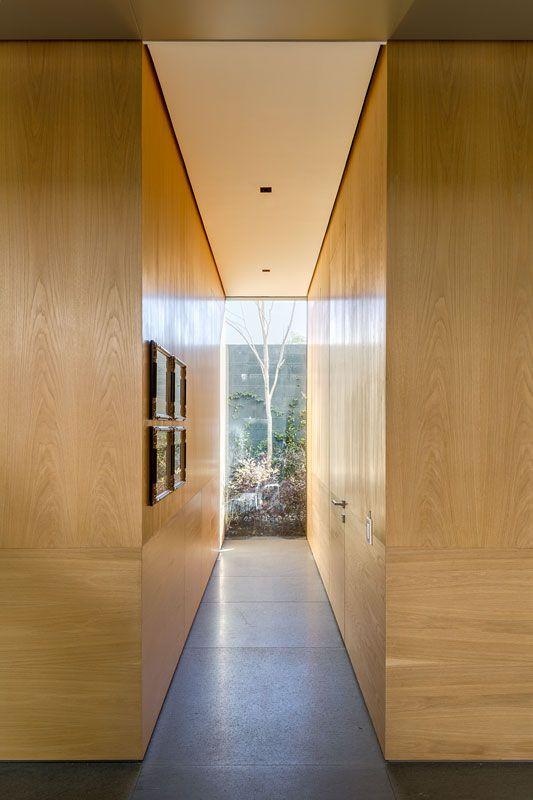 06-Hallway.jpg