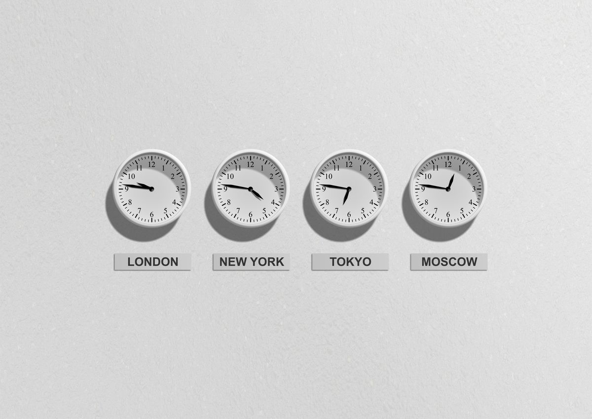 london-new-york-tokyo-and-moscow-clocks-48770.jpg