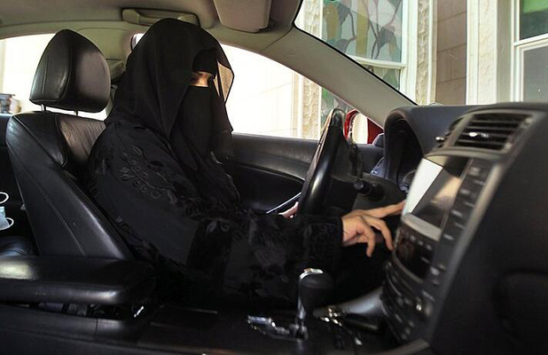 Saudi-Arabia-Lets-Women-Behind-Wheel.png