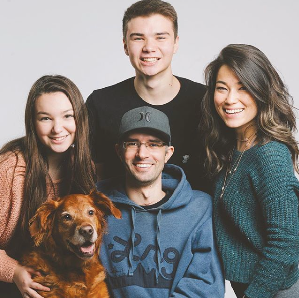 Family-Photo-2.png