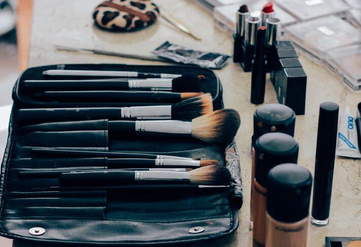 Mamas-Night-Out-Makeup-Tutorial.jpeg