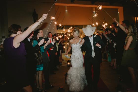 Sparklet_Wedding_Exit(pp_w559_h373).png