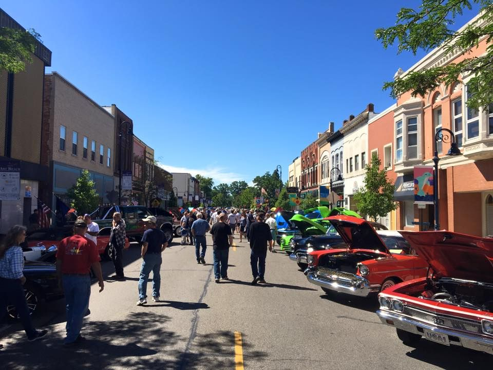 Downtown Mount Pleasant Michigan Classic Car Show