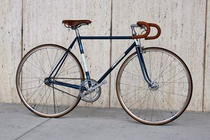 JOHN'S CLASSIC FIXED GEAR, CUSTOM MADE BIKES