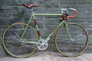 LEIGH'S FIXED GEAR, CUSTOM MADE BIKE, BISHOP BIKES