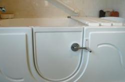 walk-in-tub-4.png